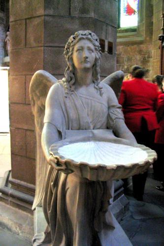 Catedral de Santo Egídio - Anjo com água benta - Igreja Mãe do Prebiterianismo - Edimburgo